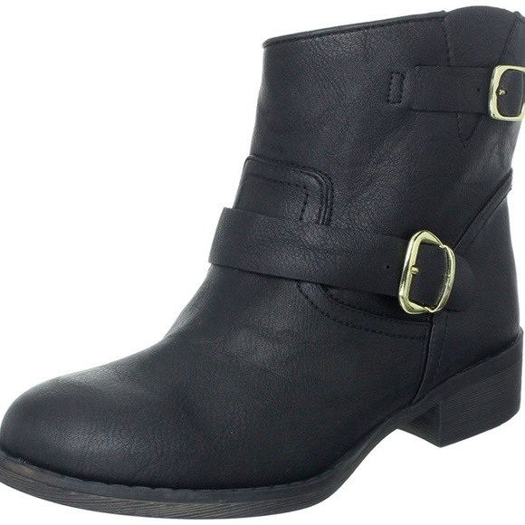 Report Shoes - Report Women's Juliee Buckle Bootie 6M